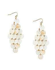 Mood Cream Shell Chandelier Earring