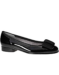 Gabor Assist Patent Ballerina Pumps