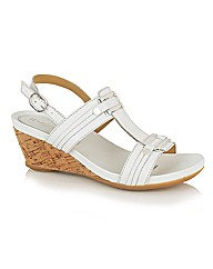 Naturalize Suzette Casual Sandals