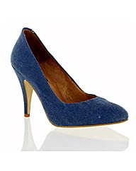 Marta Jonsson blue canvas shoe