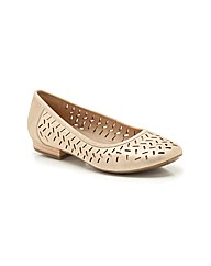 Clarks Womens Henderson Wide Fit