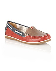 Naturalize Hanover Casual Shoes