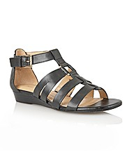 Naturalize Jansin Casual Sandals