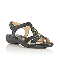 Naturalize Carlita Casual Sandals