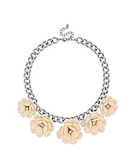 Mood Statement Cream Flower Necklace