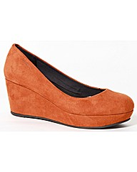 Strawberry Mid Wedge Court Shoe