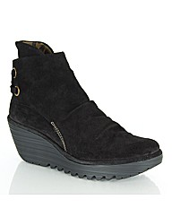 Fly London Fama Boot