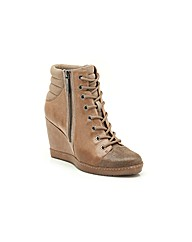 Clarks Womens Mocha Coffee Standard Fit