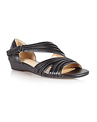 Naturalize Jane Casual Sandals