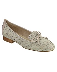 Riva Snapper Suede Womens Shoes