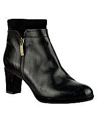 Riva Rasine Short Leather Ankle Boot