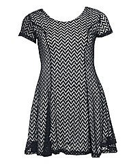 Samya Lace Zigzag Short Dress