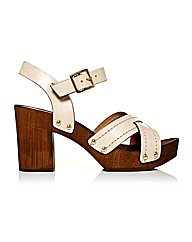 Moda in Pelle Latinas Sandals