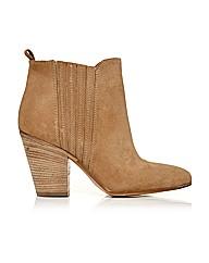 Moda in Pelle Carino Short Boots