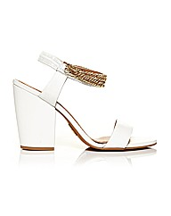 Moda in Pelle Larez Sandals