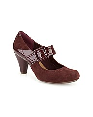 Clarks Womens Coolest Berry Standard Fit
