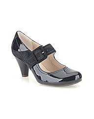 Clarks Womens Coolest Berry Wide Fit