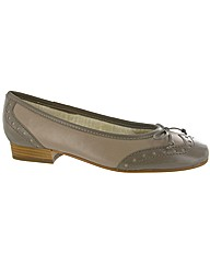 Riva Brogue Leather Ballerina